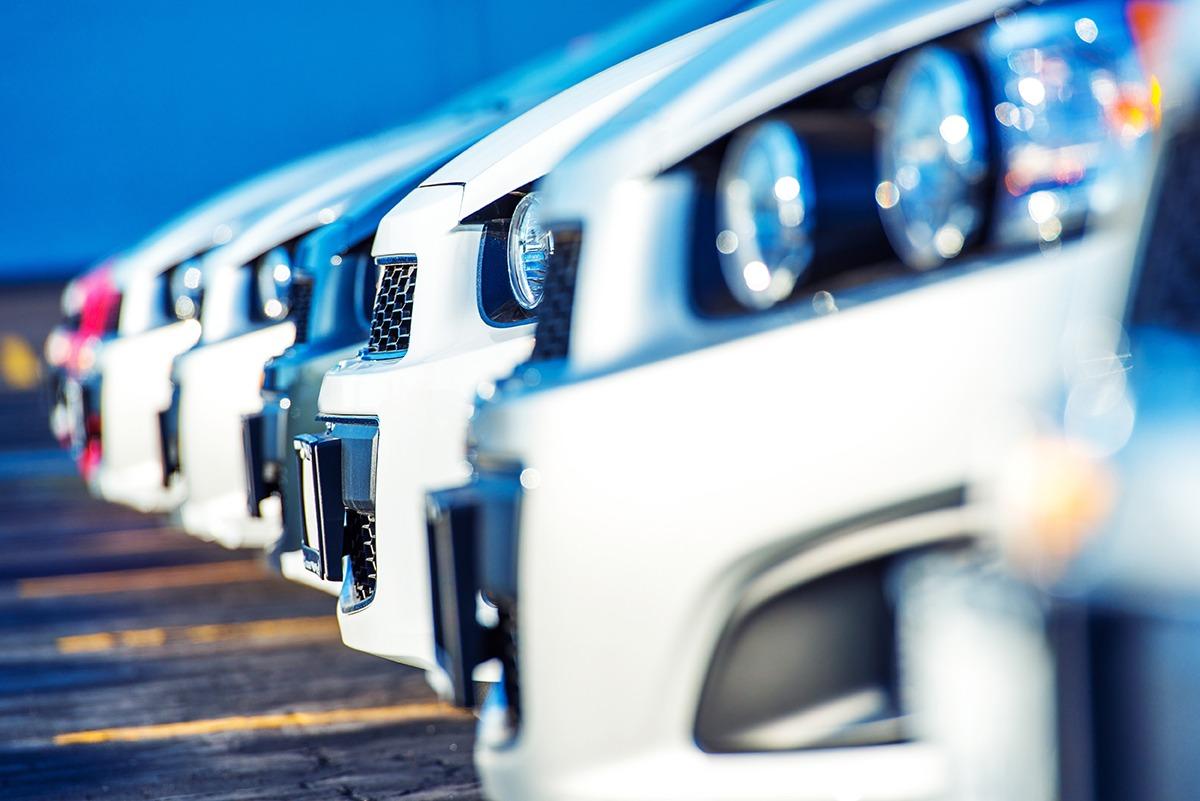 Auto's en bestelwagens cars & vans voitures et camionnettes