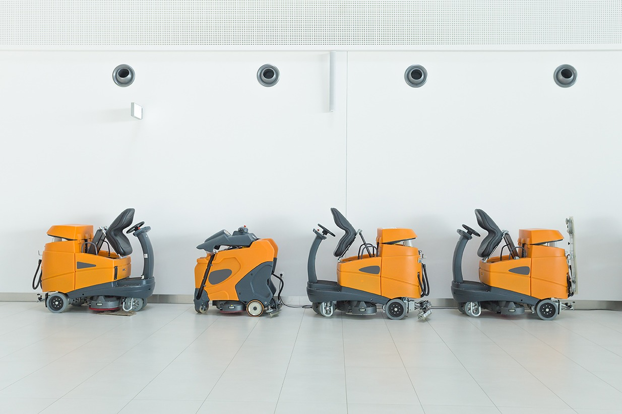 reinigingsmachines cleaning machines Machines de nettoyage